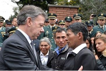 Santos: «La paz no puede convertirse en una bandera política»