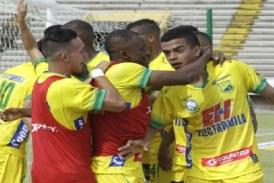 Atlético Huila doblegó al Cali en el 'Plazas Alcid'