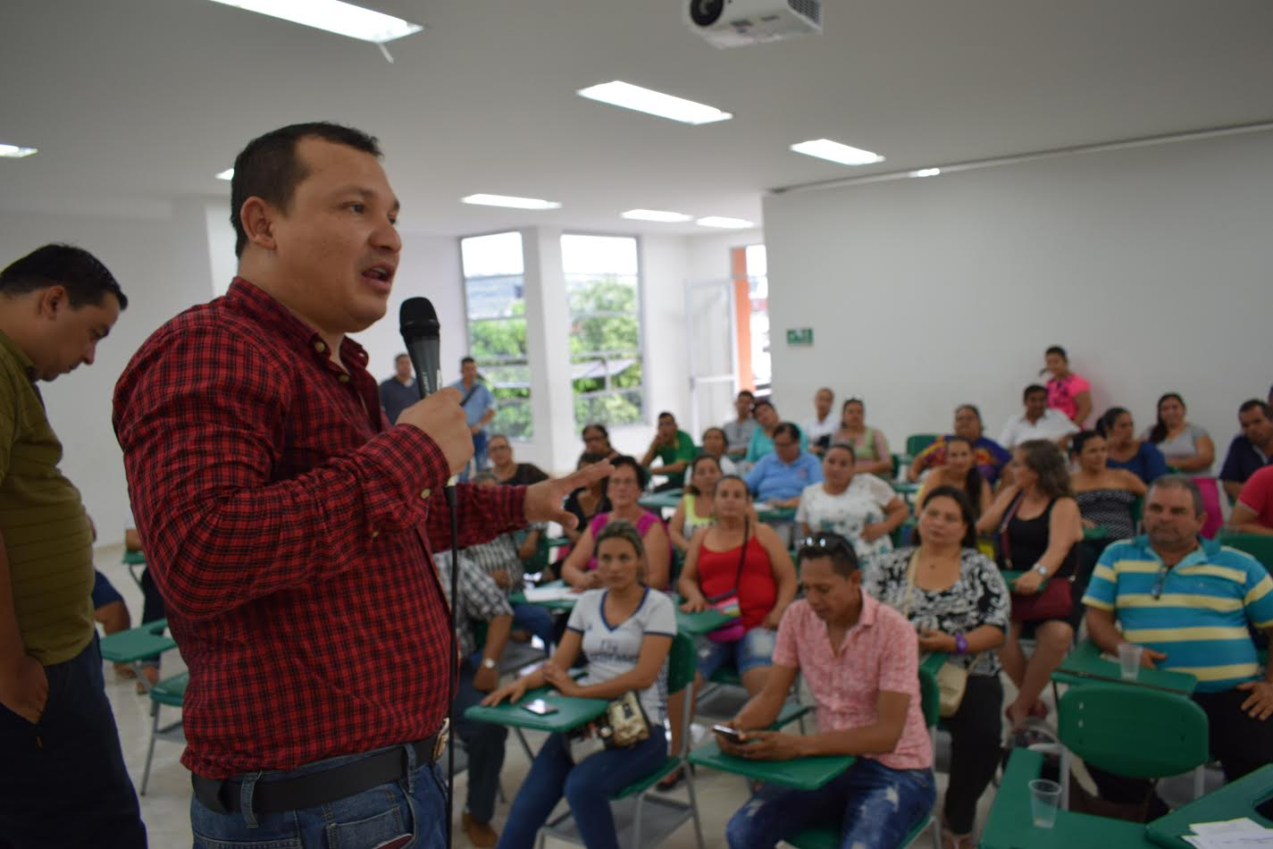 14804ecef Comuna 9 de Neiva define temáticas para Concejo al Barrio ...
