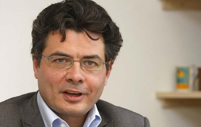 Ministro de Salud, Alejandro Gaviria, es diagnosticado con cáncer