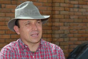 Ratifican juicio al hermano del expresidente Álvaro Uribe