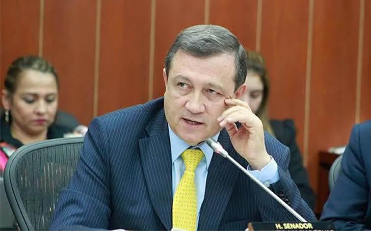 Macías dice que 'disidencias' de las Farc están extorsionando y secuestrando en Huila y Caquetá