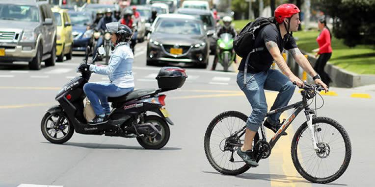 Bicicletas con motor, motocarros, tricimotos y cuadriciclos deben tener SOAT