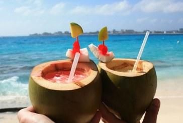 Prohíben tradicional bebida 'cocoloco' en San Andrés