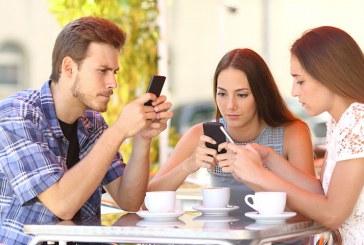 ¿Tiene miedo a permanecer sin celular? Tal vez sufre de nomofobia